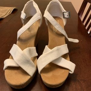 Tom's White Wedge Sandal with Glitter Cork